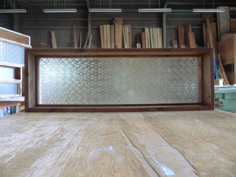 室内窓・FIX窓/(フローラガラス・内側正面)