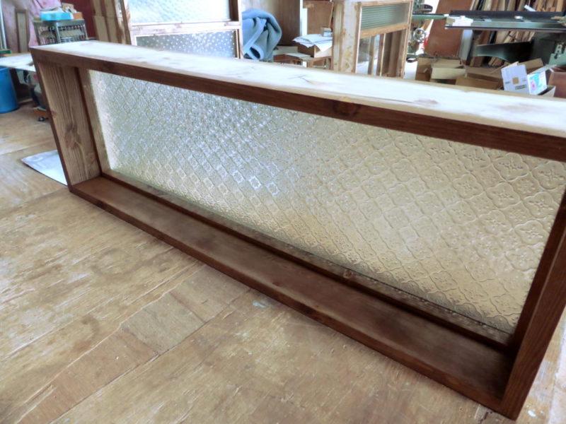 フローラガラスのFIX窓(内側斜め上部から)