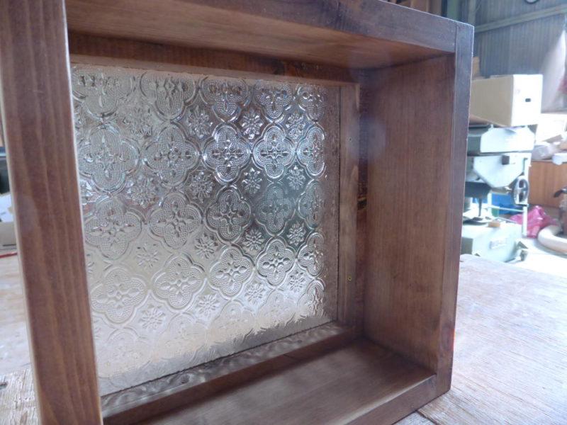 FIX窓・フローラガラス(内側斜め)