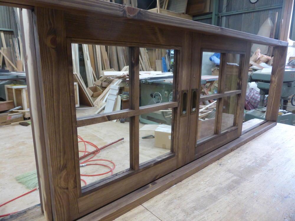 引き分け窓と古代色引き手