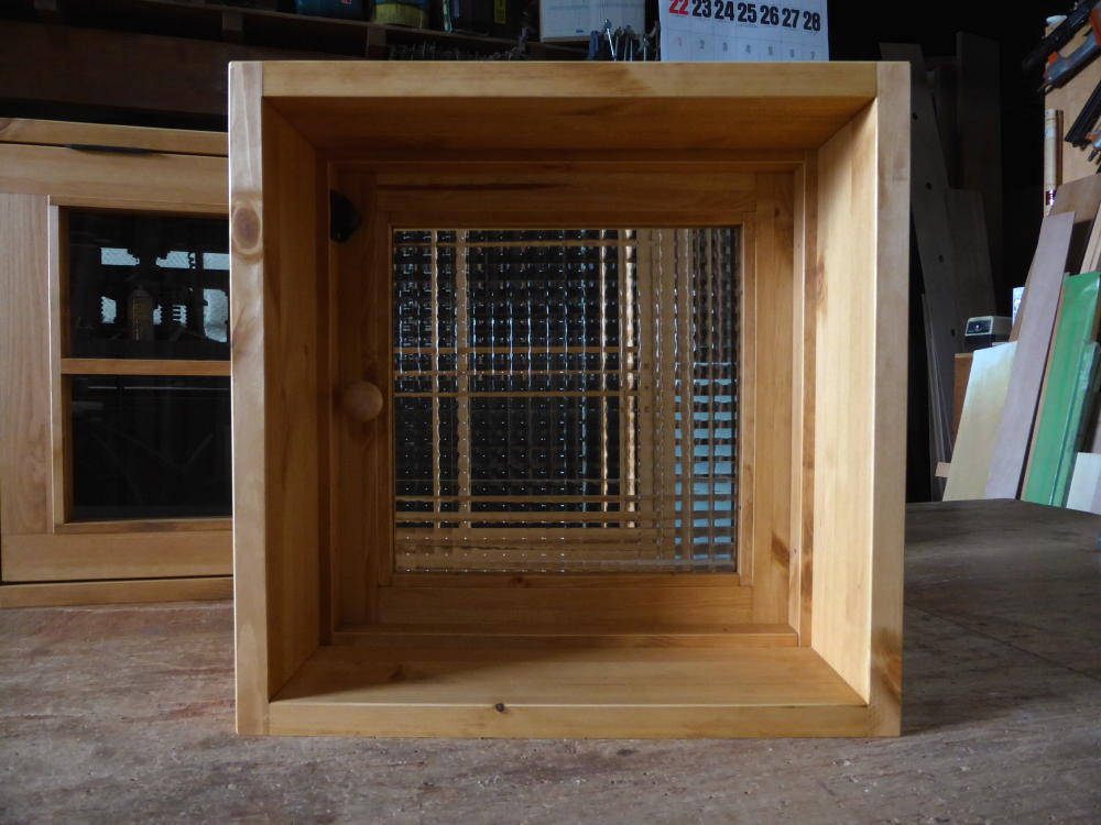 片開き窓(内側正面・全閉)