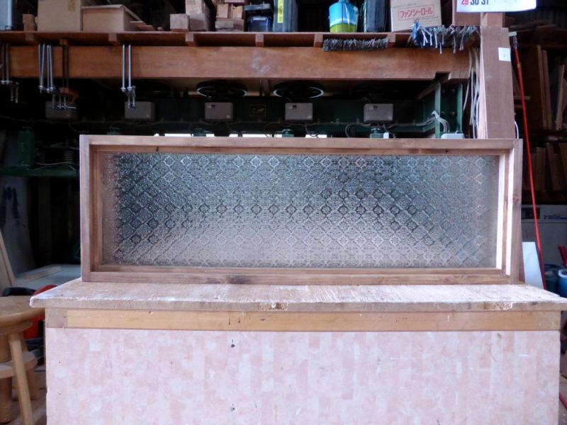 フローラガラスのFIX窓(外側正面)