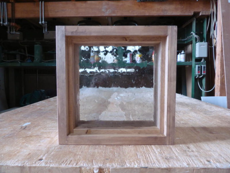 FIX窓・気泡ガラス(外側正面)