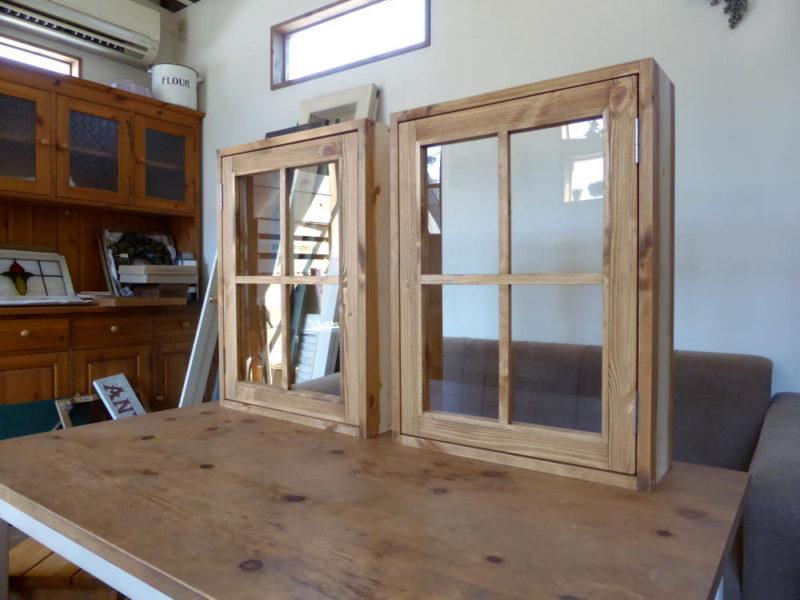 室内窓・片開き(外側斜め、全閉)
