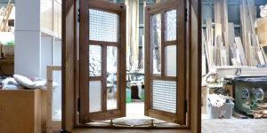 半開時の室内窓(内側正面)